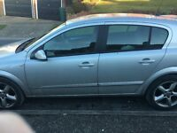 Vauxhall Astra sri silver low mileage