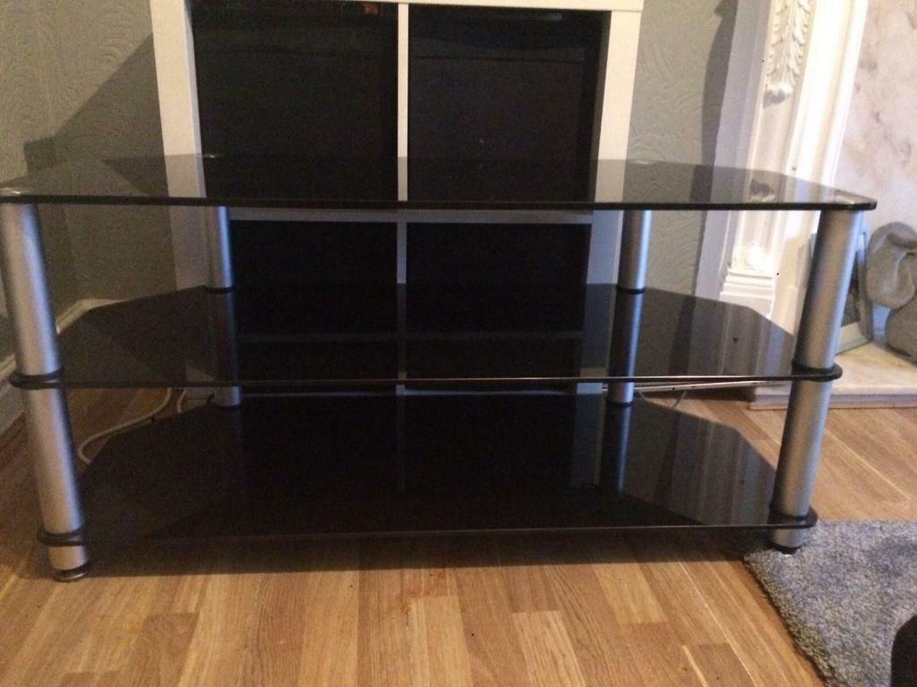 Black Glass Tv Unit In Middleton Manchester Gumtree # Table Tv En Coin