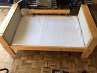 Extendable Child / Todlers first bed