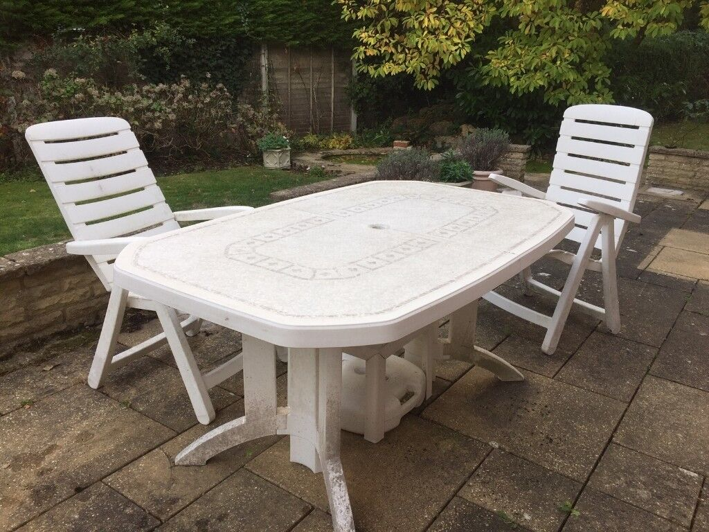 White Plastic Garden Furniture In Send Surrey Gumtree