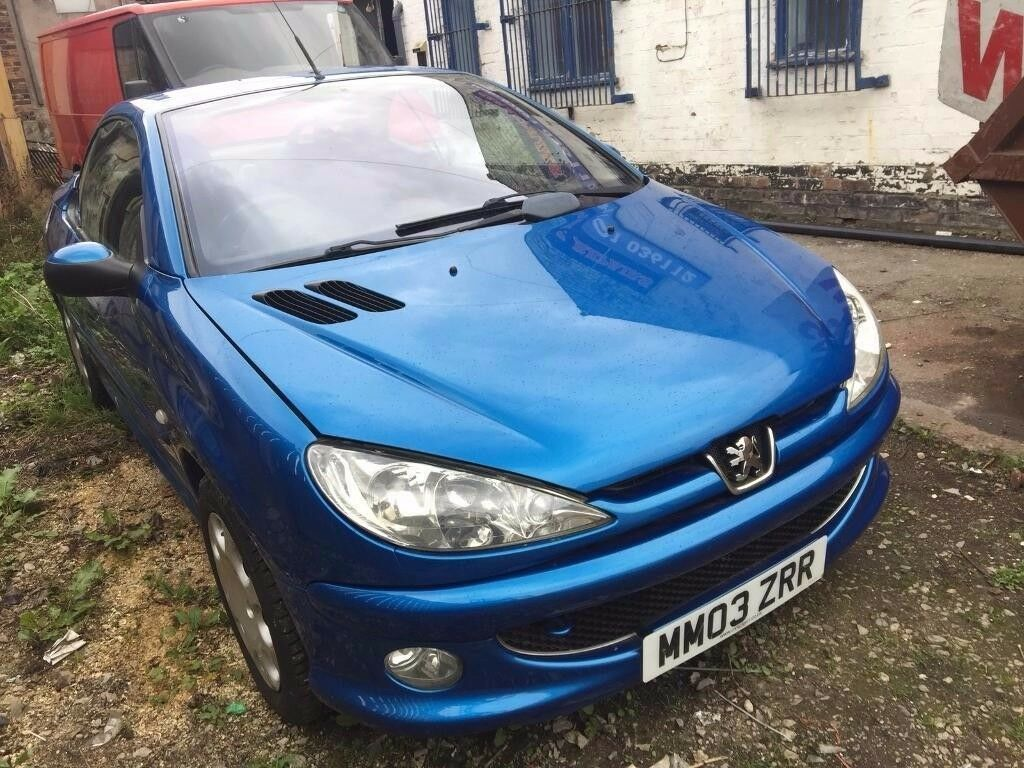 2003 (03 PEUGEOT 206 CC 1600 CONVERTIBLE ELECTRIC ROOF VERY CLEAN EXAMPLE NEW MOT AND SERVICE