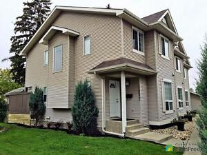 $378,000 - Townhouse for sale in Edmonton - Central