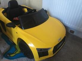 Audi R8 spyder child's electric sit on car