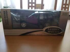 Model car land rover freelander
