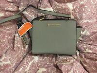 Michael Kors Selma Medium Crossbody Messenger Bag Gray