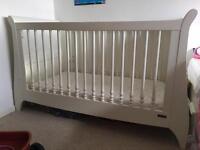 Mamas & Papas Cot bed