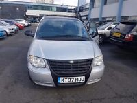 Crysler grand voyager diesel mpv automatic transmission stow and go special edition 07 diesel
