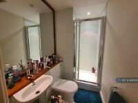 2 bedroom flat in The Foundry 2A, Manchester, M1 (2 bed) (#926459)