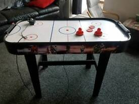 AIR HOCKEY TABLE 4FT ELECTRIC