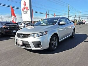 2010 Kia Forte Koup 2.0L EX with SUPER LOW kms!
