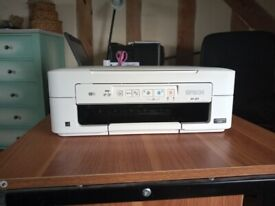 Epson XP-257 office printer, scanner with refillable cartridges. LIKE NEW - BOXED