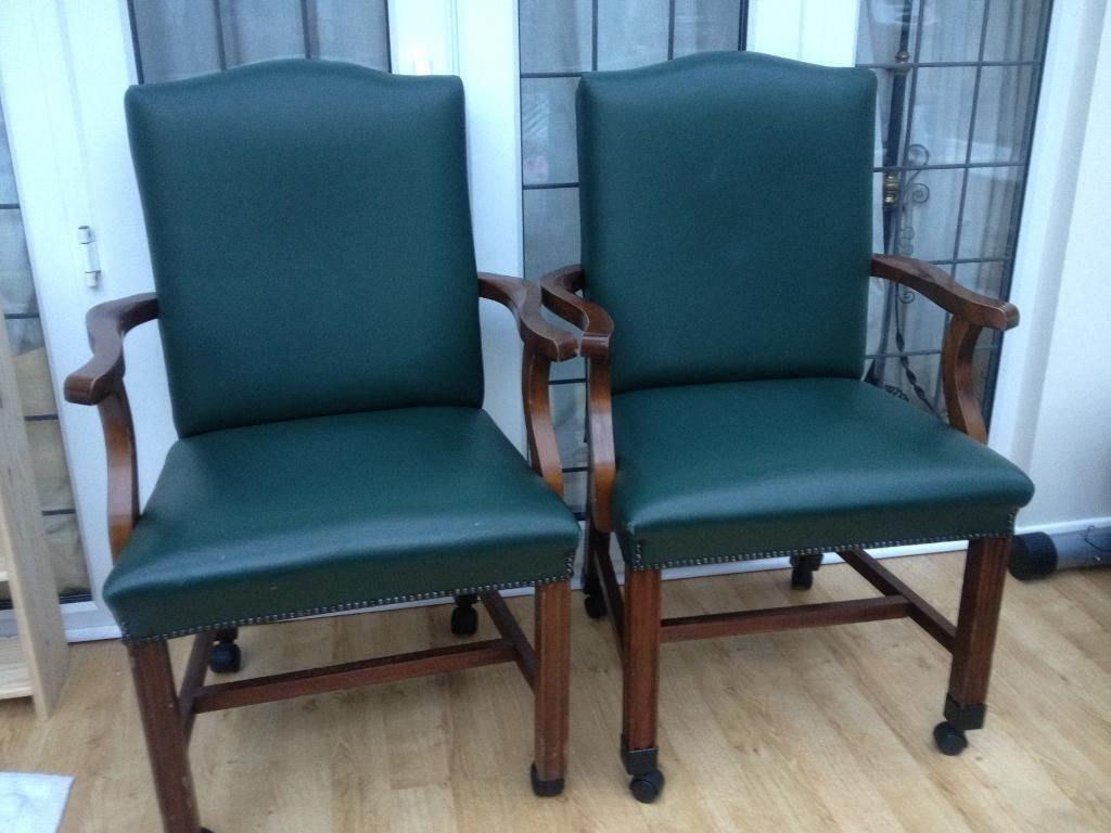 2 Separate Living Room Chairs Buy Sale And Trade Ads