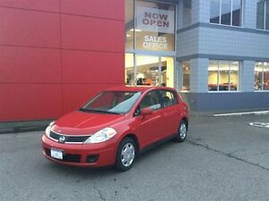 2007 Nissan Versa Hatchback 1.8 S at Great Value for the Money !