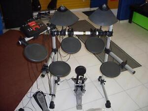 AUBAINE DU JOUR - Batterie drum électronique usagée YAMAHA en condition A-1