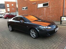 Hyundai Coupe with 2 keys, long MOT, red leather interior, bluetooth, heated seats, cruise control