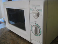 """sharp"" microwave oven"