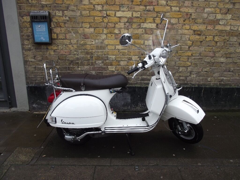 vespa px 125 2t touring scooter in bethnal green london gumtree. Black Bedroom Furniture Sets. Home Design Ideas