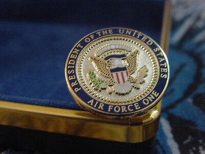 Pair Of  Presidential George H  W   Bush  Air Force One Cufflinks
