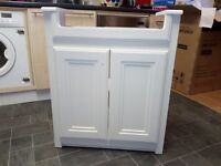 Bathroom vanitity cabinet white never user new is in boxe