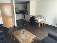 ROOM FOR RENT IN EXCELLENT APT OLD BAKERS COURT £320 PER MONTH INCLUDING BILLS