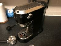 De'Longhi Espresso Machine - EC680.BK - Great Condition