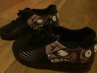 Boy's Heelys, Scream Theme, Size 4 (EU 36.5), great condition, in original box with all parts