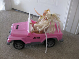 BARBIE BEACH CRUISER JEEP + 2 DOLLS - in PINK - IMMACULATE - GREAT PRICE