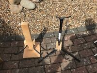 Free guitar stands