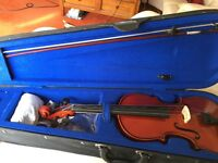 4/4 Stentor Student Violin outfit for sale