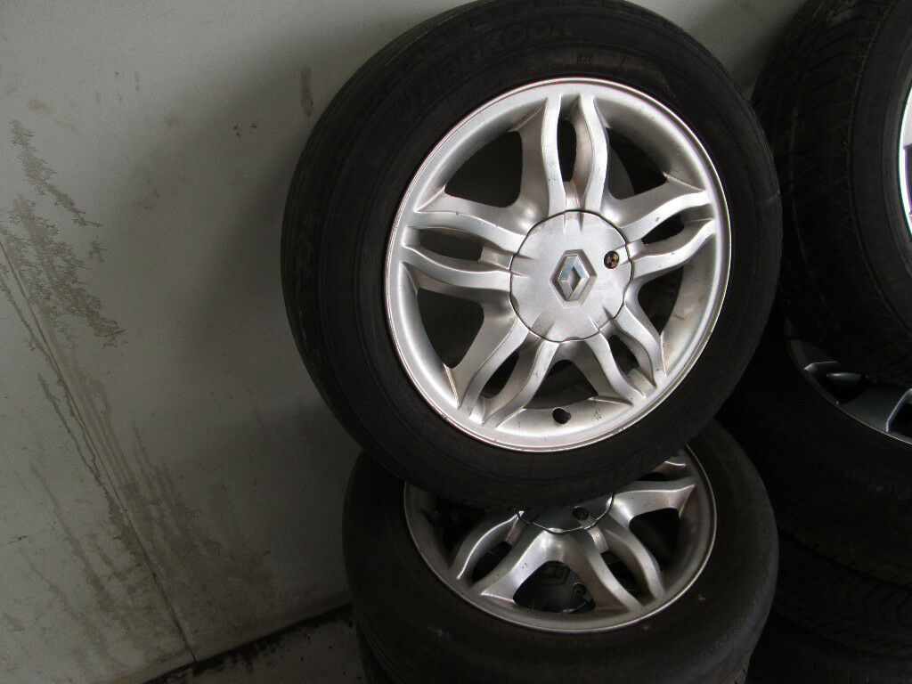 RENAULT CLIO 15 INCH ALLOYS FOR SALE BARGAIN!!!!!!