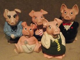 Set of 5 Natwest pigs by Wade