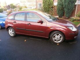 Ford Focus Petrol 1.8 Zetec 16v 5 door hatch 2002