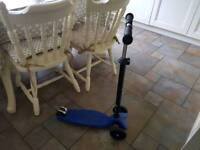 Kids micro maxi scooter