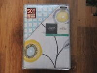 SINGLE DUVET SET WITH FITTED SHEET -BRAND NEW-