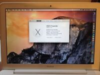 """Apple MacBook """" Core 2 Duo """" 2.4 Ghz 13"""" (Mid-2010) A1342"""