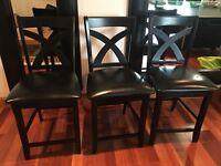 3 Solid wooden bar stools