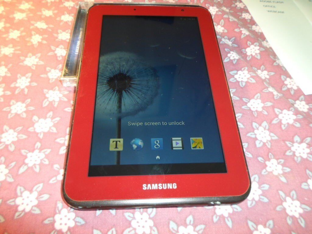 Samsung Galaxy Tab 2 GT-P3110 7 inch Screen 8GB Computer Tablet WIFI ONLY