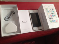 IPHONE 5S GOLD 16GB OPEN TO ALL NETWORKS ALL SIM CARDS