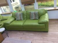 Free settee - uplift only