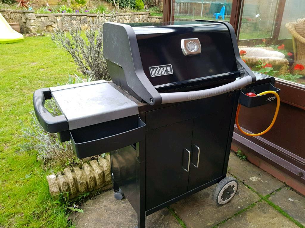 weber spirit classic e210 gas bbq 2 burner in thornbury bristol gumtree. Black Bedroom Furniture Sets. Home Design Ideas