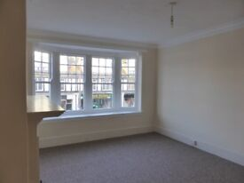Lovely bright, spacious, unfurnished maisonette Aldwick Road