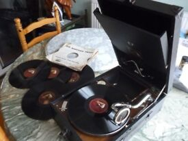 original 1230s (hmv) his masters voice 78 speed gramophone with five english records,perfect working