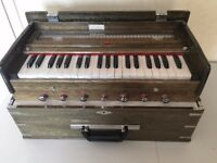 KAAYNA Indian Harmonium as new with carrying bag.