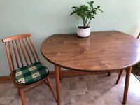 Table and 4 chairs - kitchen on dining room