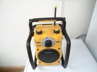 ROBERTS TERRAIN RUGGED RADIO (BATTERY AND 240V) V.G.C.