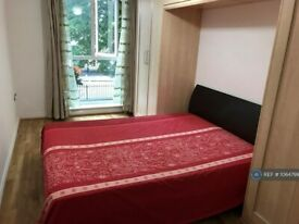 2 bedroom flat in Smoothfield Court, Hounslow, TW3 (2 bed) (#1064799)