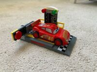 Lego Juniors Lightening McQueen Speed Launcher