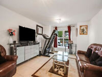 Short Term Let (Book before the 30th Nov for a further 3% disc)Apartment in Worsley for Contractors