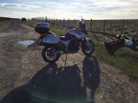 Triumph Tiger 955i with full luggage