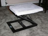Folding footstool